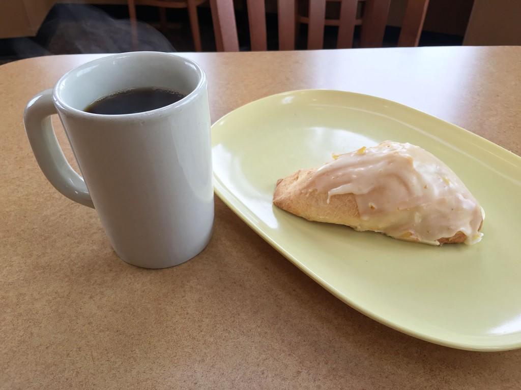 Panera Bread Scone Amp Hazelnut Coffee 5 O Clock Coffee Club