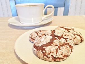Molasses Crackle Cookies and Coffee