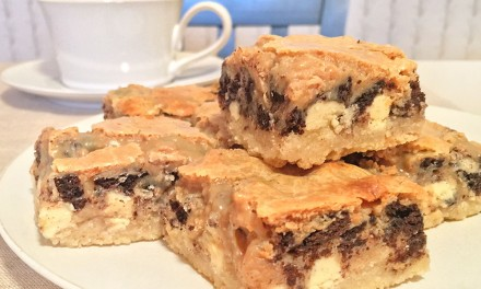 Peanut Butter Oreo Magic Bars