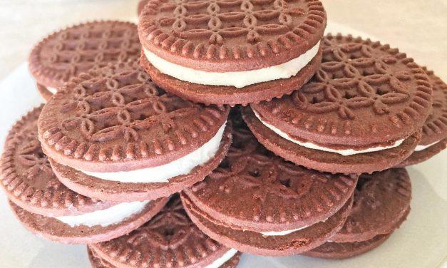 Chocolate Vanilla Creme Cookie Tower