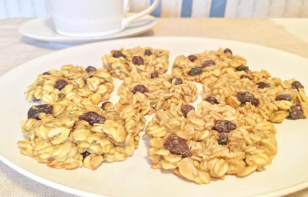 Simple Avocado Oatmeal Raisin Cookies