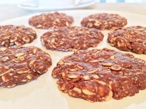 6-Ingredient Healthy No-Bake Cookies