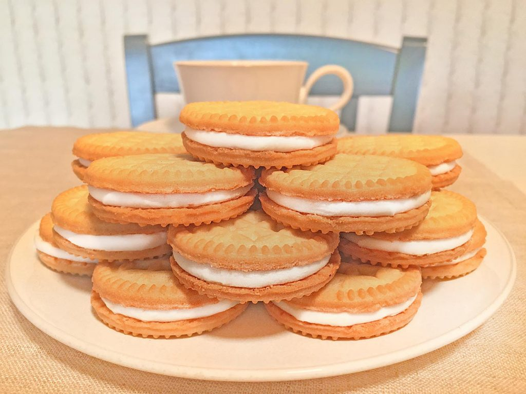 Gluten Free Vanilla Creme Cookie Tower