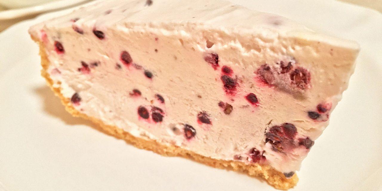 Blackberry Frozen No-Bake Pie